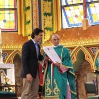 Medalha Anchieta e diploma de gratidão