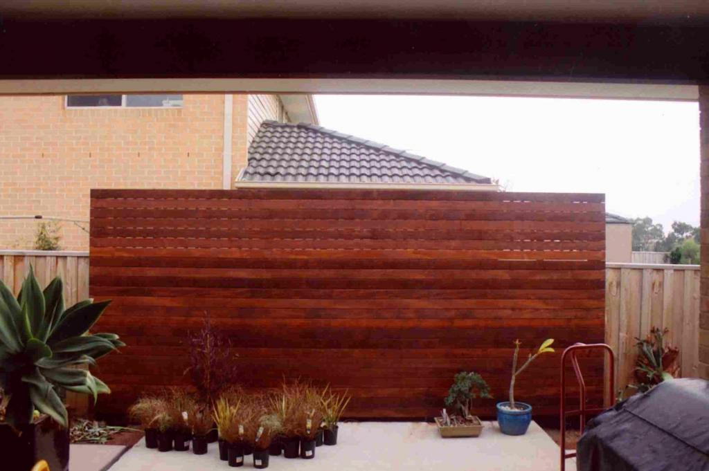 Decking  Timber Features Built With Care  Pride