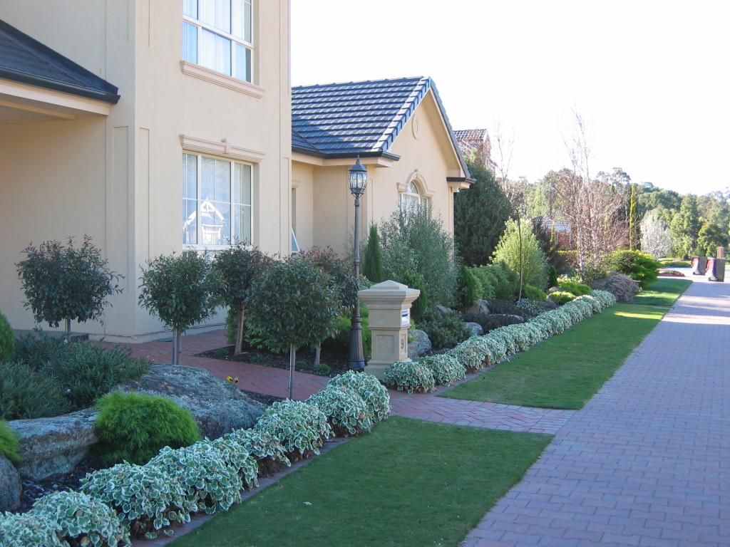 Front Yard Landscaping Yard Landscaping And Landscaping Ideas On