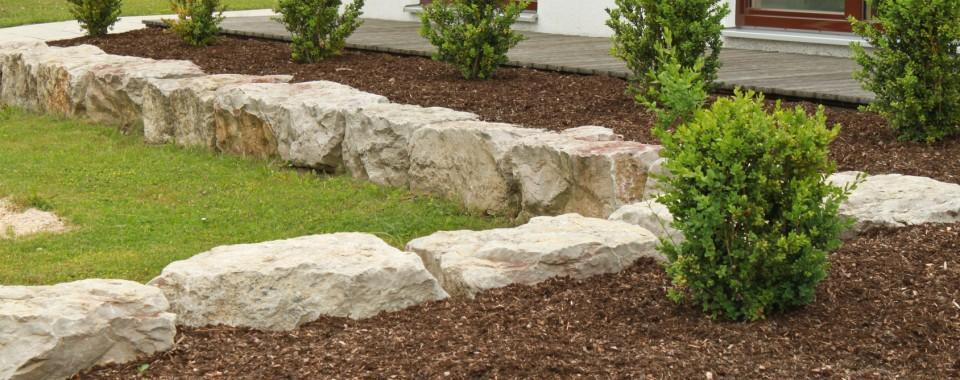 5 Garden Edging Ideas For Your Front Garden