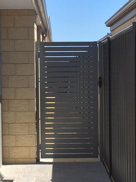 Front Gates Inspiration  A  K Quality Gates and Fencing  Australia  hipagescomau
