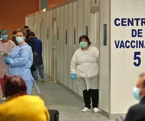 Când se pot vaccina împotriva COVID-19 persoanele peste 65 de ani, fără programare, la centrele Romexpo din București