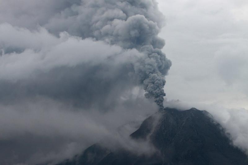 110413_sinabung_eruption_04.JPG