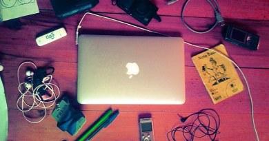 Les outils du journaliste moderne - mais le seul qui lui soit indispensable ? Son cerveau ! mediaculture.fr