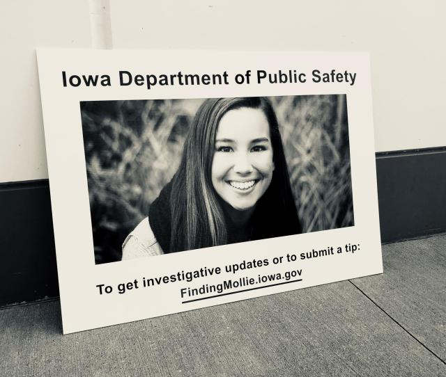 Investigators Believe An Undocumented Immigrant Abducted And Killed Mollie Tibbetts Twenty Four Year Old Cristhian Rivera Faces A First Degree Murder