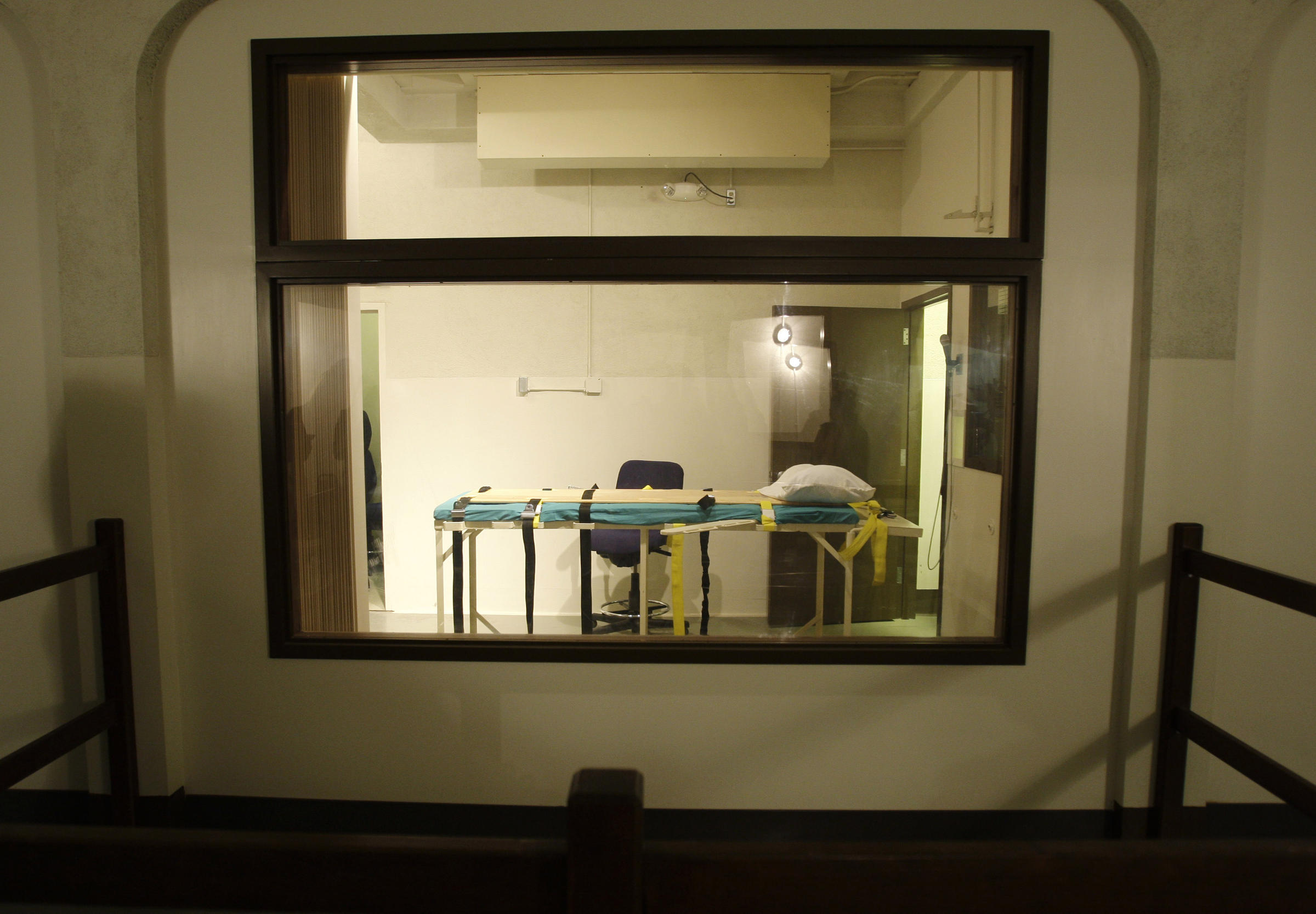 Former Head Of Washington Corrections Supports Death