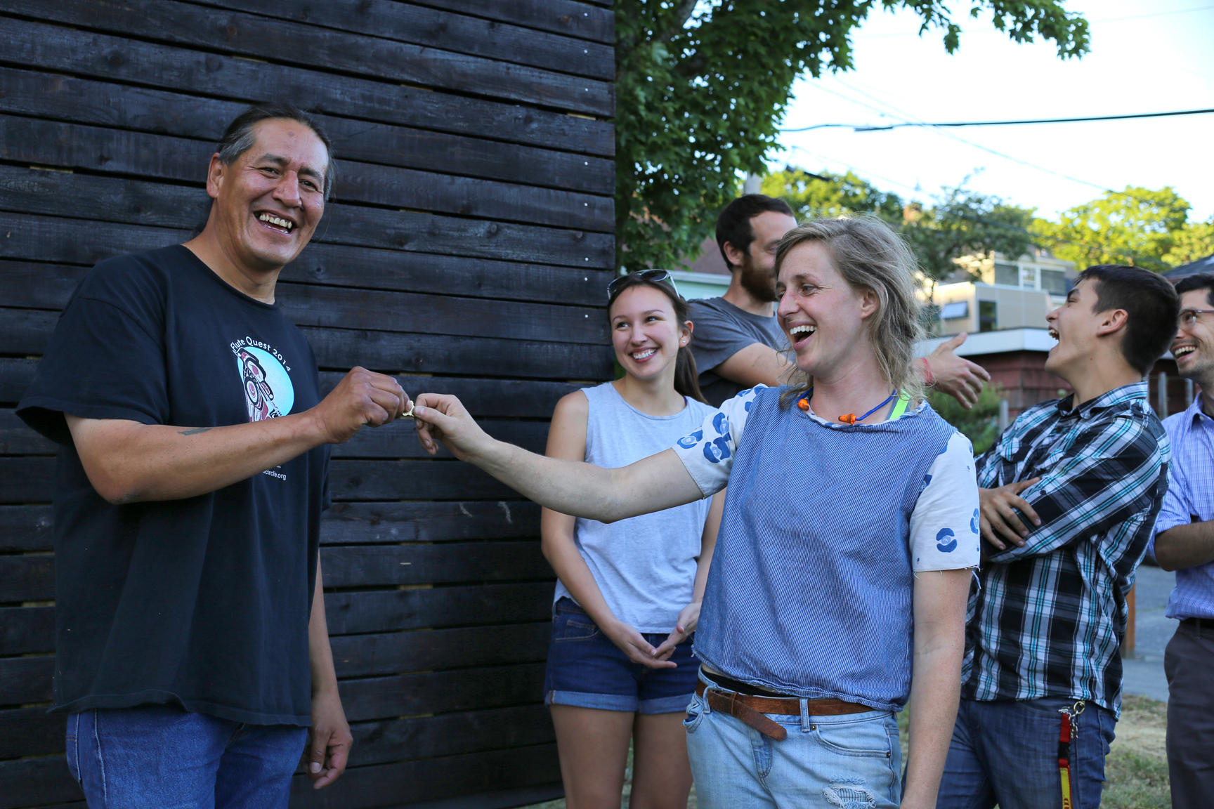 Seattle Teens Built This Tiny House For The Homeless