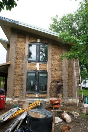 Womans Straw Bale House Withstands the Bluster of Critics