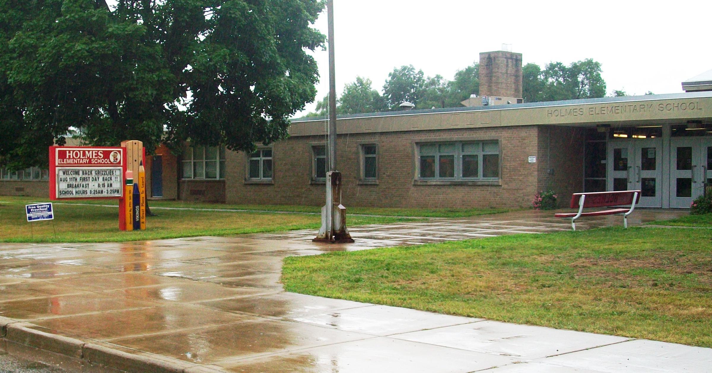 Holmes Elementary School Mesa Staff