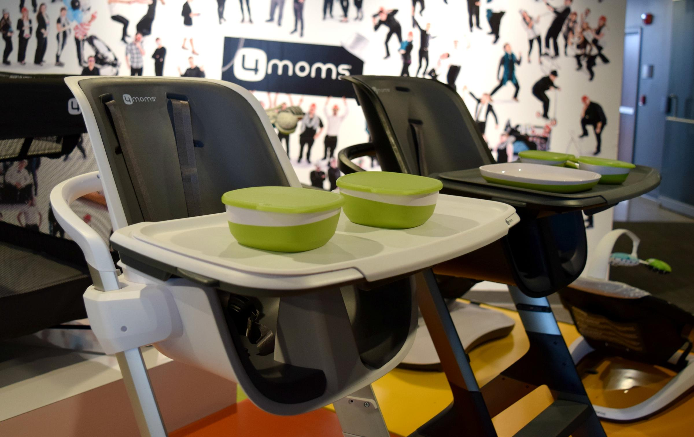 4 Moms High Chair 4moms 39 Robotic Car Seat Aims To Improve Safety