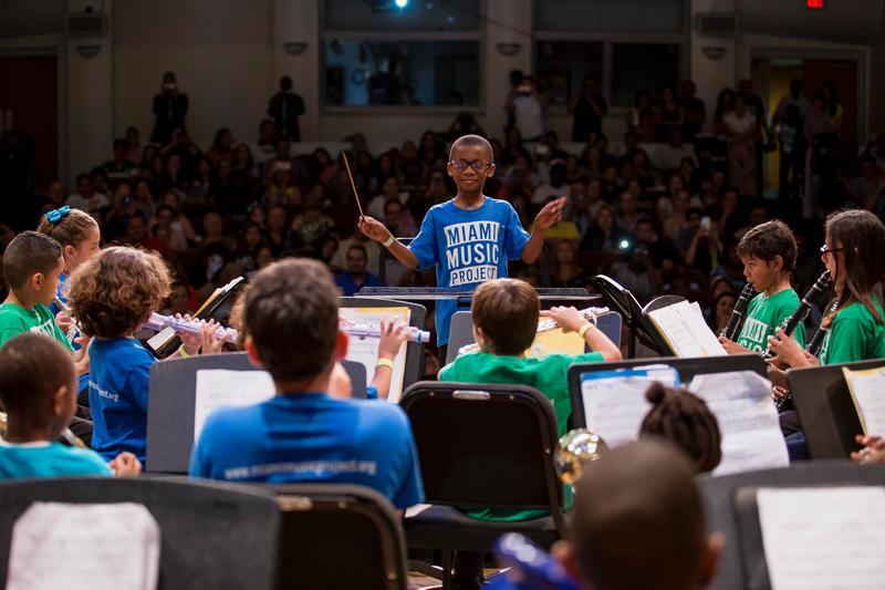 Une performance du Miami Music Project, qui recevra un investissement de 750 000 dollars de Knight pour initier davantage de jeunes à la formation en musique classique.