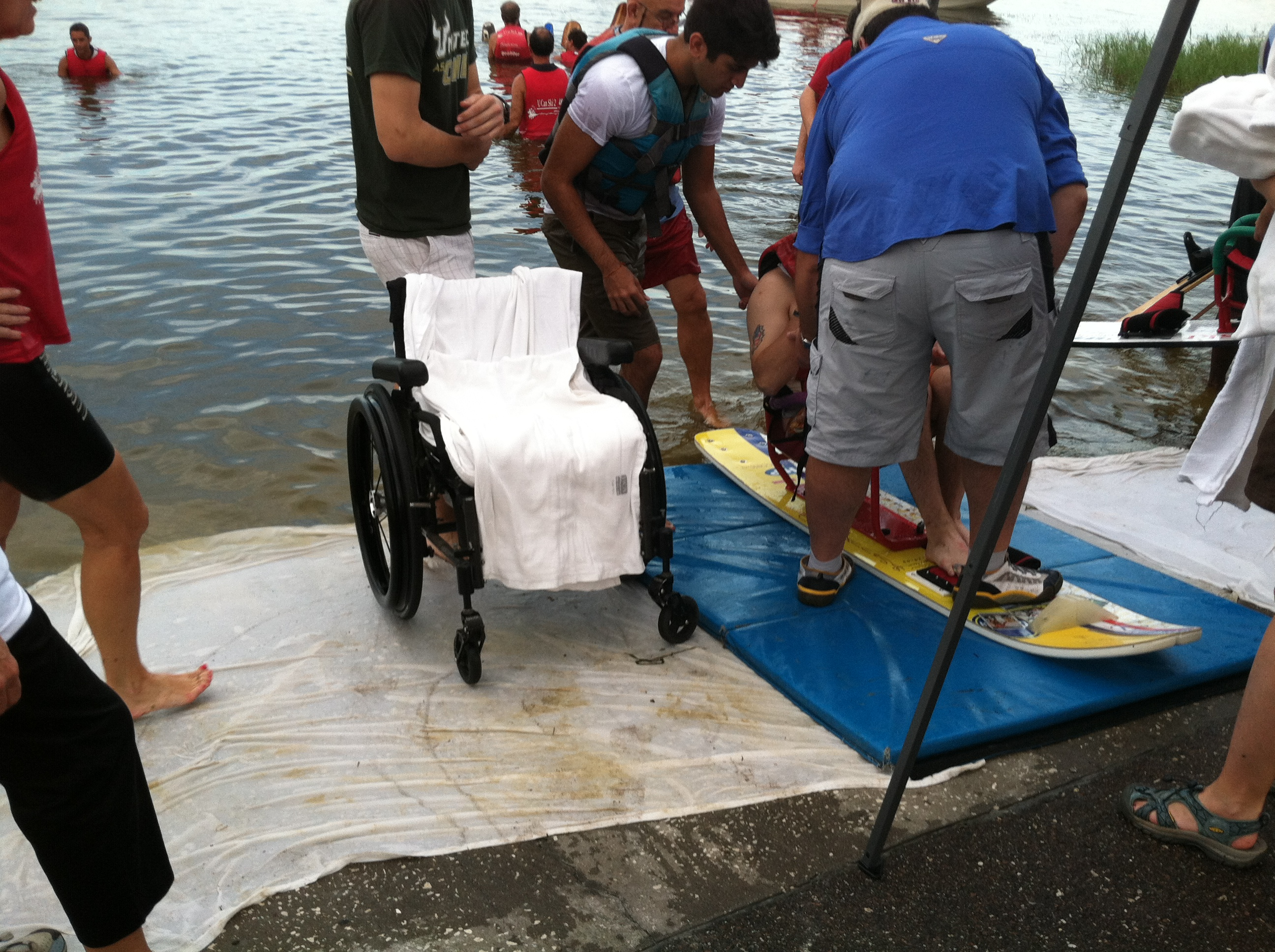 wheelchair skiing hanging chair rail injured veterans find freedom thrills on the water wusf