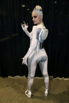 comikaze-2011-siren-gem-from-tron-legacy001