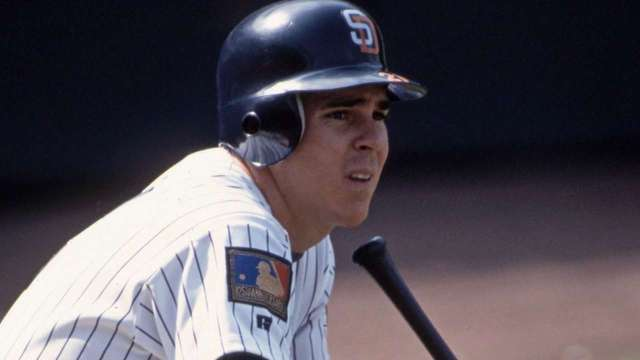 Bean played in the majors from 1987 to 1995. Here he is with the Padres, on the tail end of his career.