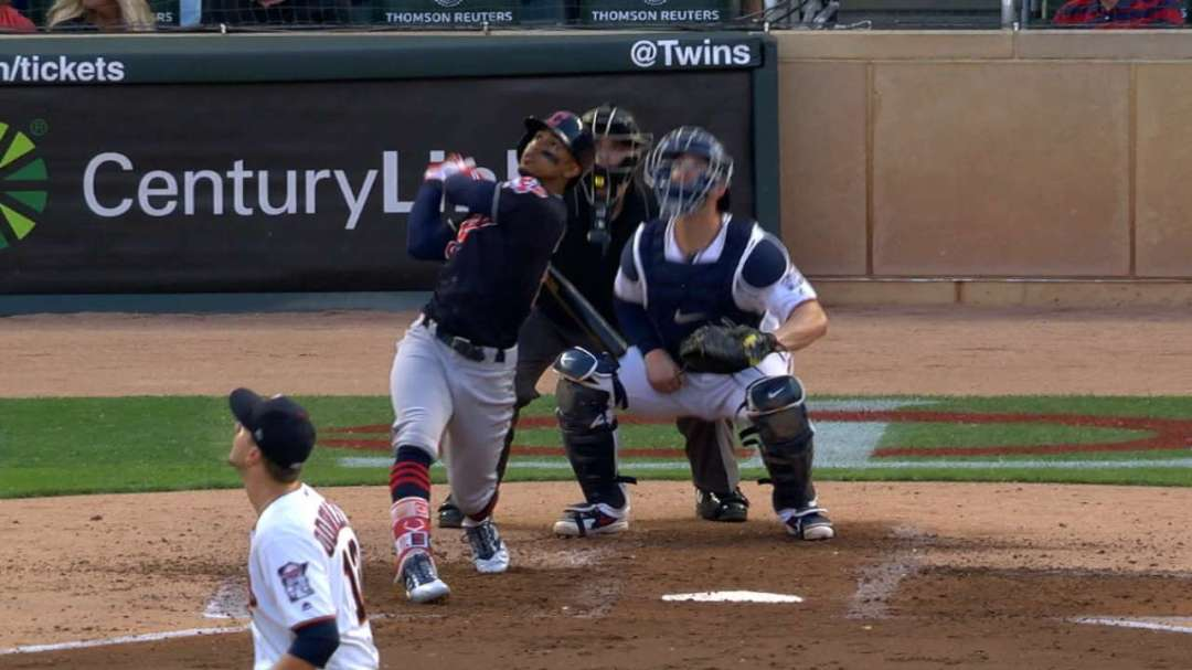 Lindor's 4-hit, 2-homer night