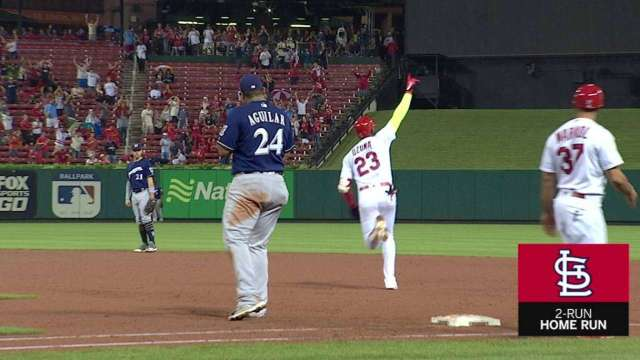 Ozuna's go-ahead 2-run blast