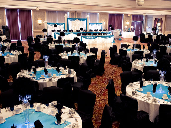 A Bold Black, White And Turquoise Wedding In Alliston
