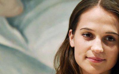 Alicia Vikander ser åren på Svenska Balettskolan som sin artistiska utbildning