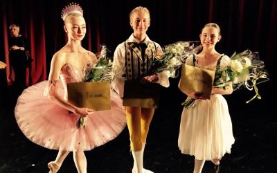 Mattheus Bäckström lärde sig dansa på Svenska Balettskolan, nu är världen hans scen