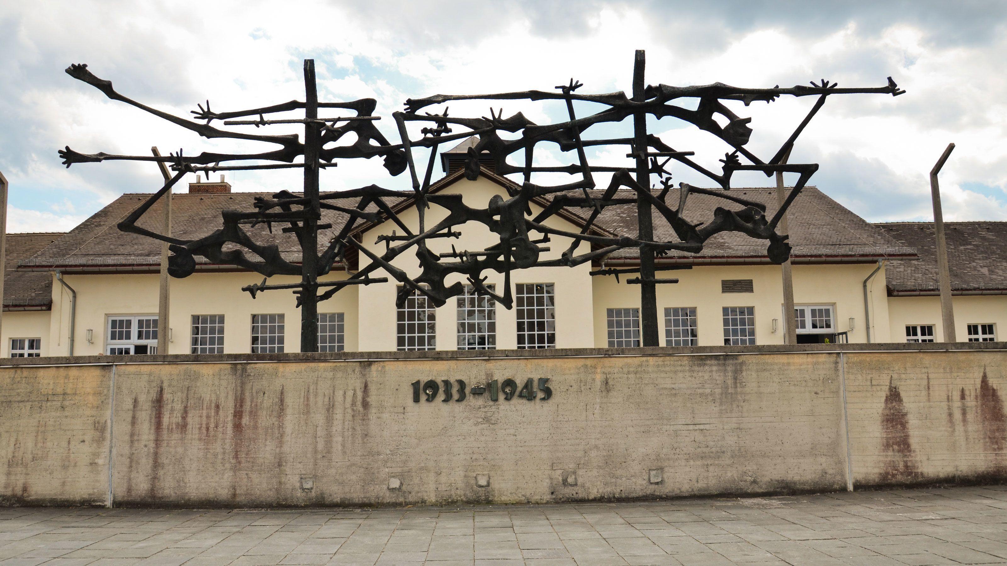 Dachau Memorial Site HalfDay Walking Tour Dachau Expedia