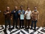 Foto Bersama Ir H Amrullah MT (tengah kaos biru) Bersama Ketua DPW PKB Provinsi dan Pengurus DPC Konkep