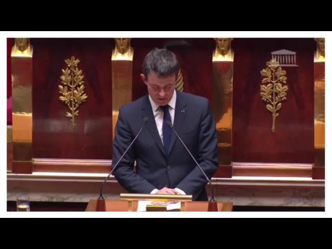 Loi Macron: Manuel Valls utilise le 49-3 pour faire passer la loi sans vote