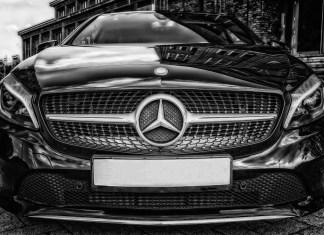 Daimler und Uber