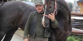 jak układać konia