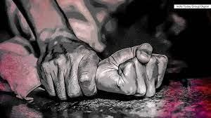 Photo of ലോഡ്ജിൽ മുറിയെടുത്തത് അമ്മയും മകനുമെന്ന പേരിൽ; രാത്രിയിൽ മദ്യപിച്ച ശേഷം ഗംഭീര വഴക്കും; പഴനിയിൽ സ്ത്രീ കൂട്ടബലാത്സംഗത്തിനിരയായെന്ന പരാതിയിൽ പുറത്തുവരുന്നത് ഞെട്ടിക്കുന്ന വിവരങ്ങൾ