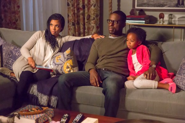 "THIS IS US -- ""The Big Three"" Episode 102 -- Pictured: (l-r) Susan Kelechi Watson as Beth, Sterling K. Brown as Randall, Faithe Herman as Annie -- (Photo by: Ron Batzdorff/NBC)"