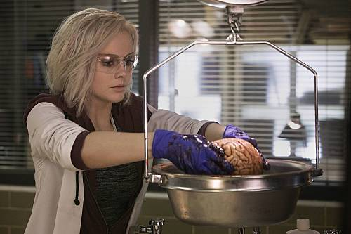 Our 'iZombie' review finds the show is surprisingly brainy