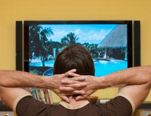 hundreds of tv stations went digital overnight