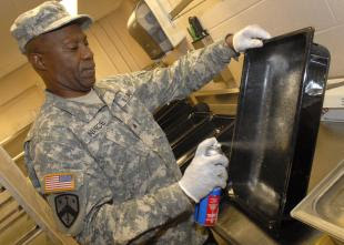 dining facility keeps 'vibrant response' fueled up