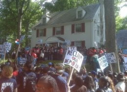 class warfare: 100s protest outside banksters houses in dc