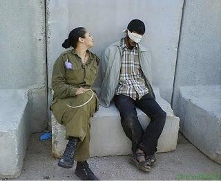 israeli soldier defends her 'sexy' fbook prisoner pics