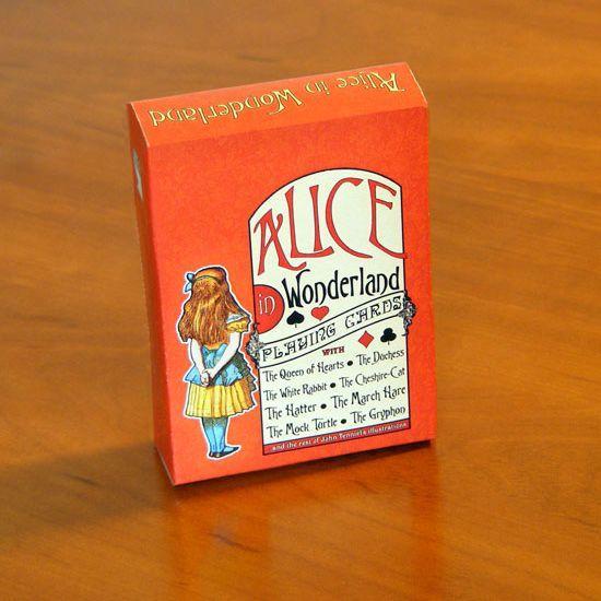 """Cărţi de joc cu personajele din """"The Nursery Alice"""""""