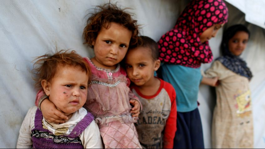 وكالات أممية تحذر من وفاة 400 ألف طفلاً يمنياً من الجوع