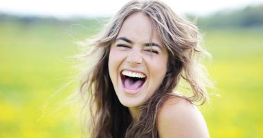 الضحك الزائد قد يكون مرضاً