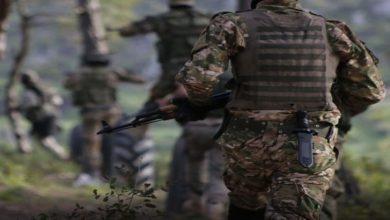 تركيا تفجر نفقاً غربي إدلب يستخدم في تهريب البشر