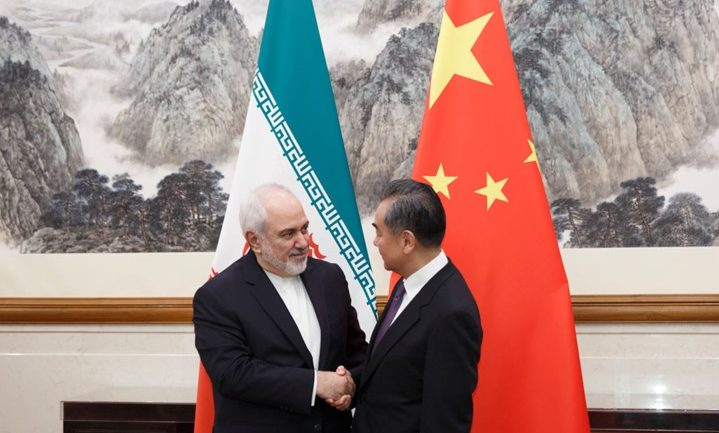 توقيع اتفاقية اقتصادية طويلة الأمد بين طهران وبكين