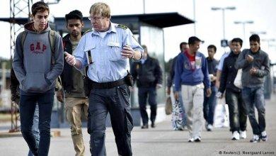 اللاجئون السوريون في الدنمارك مهددون بالترحيل إلى رواندا أو إريتريا