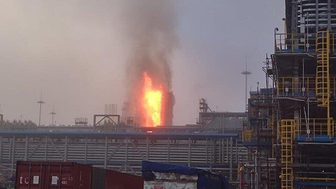 انفجار في مصنع لمعالجة الغاز شرقي روسيا (فيديو)