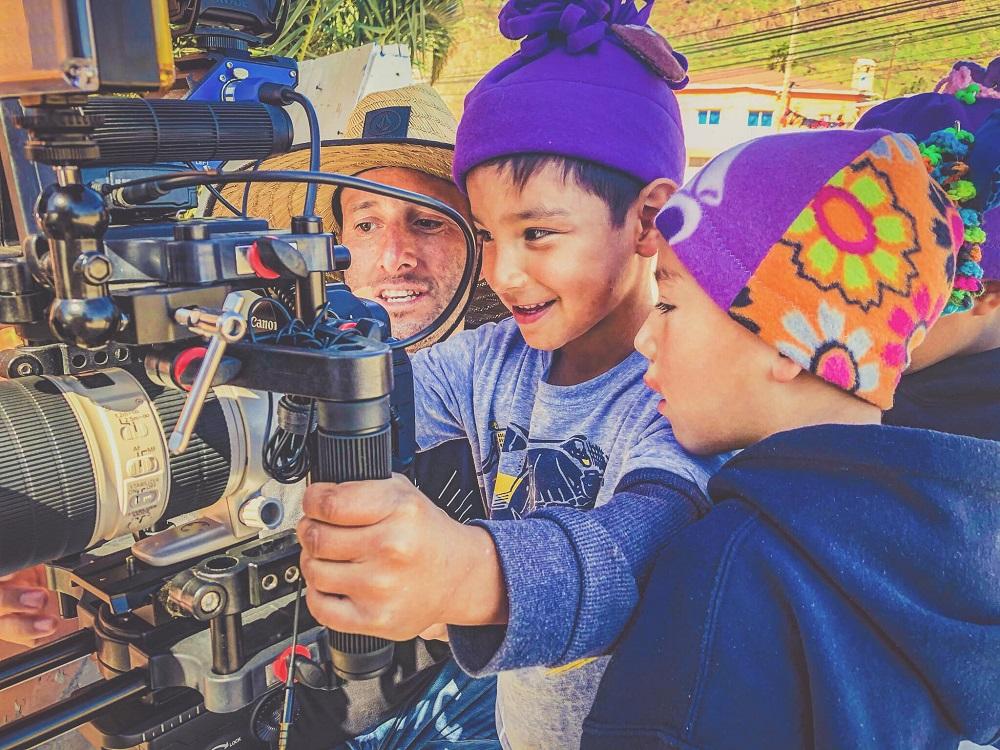 LOVE STORY - SILOE kids on camera LSF