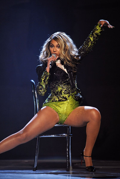 Beyonce S Thighs 171 Media Outrage