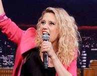 Kate McKinnon Performs a Hungarian Rap--and It's Just as Impressive as You Think