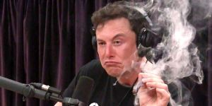 Elon Musk Smokes Weed, Makes Ass of Self in Interview with Joe Rogan