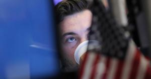 Dow sinks 600 points as coronavirus fears mount