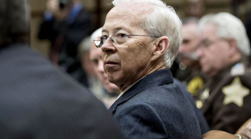 FBI's top lawyer, Dana Boente, ousted amid Fox News criticism for role in Flynn investigation