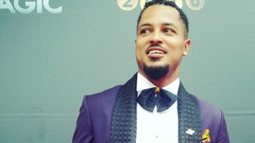 van vicker finally gets a university degree after 21 years