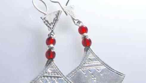 Cadeau Saint-Valentin : et si vous offriez un bijou ethnique à votre bien-aimée ?